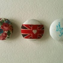 "Buttons ""I like London"""